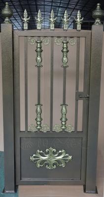 青古铜小门