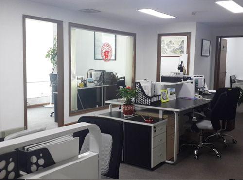 百家楽真人游戏办公室照片