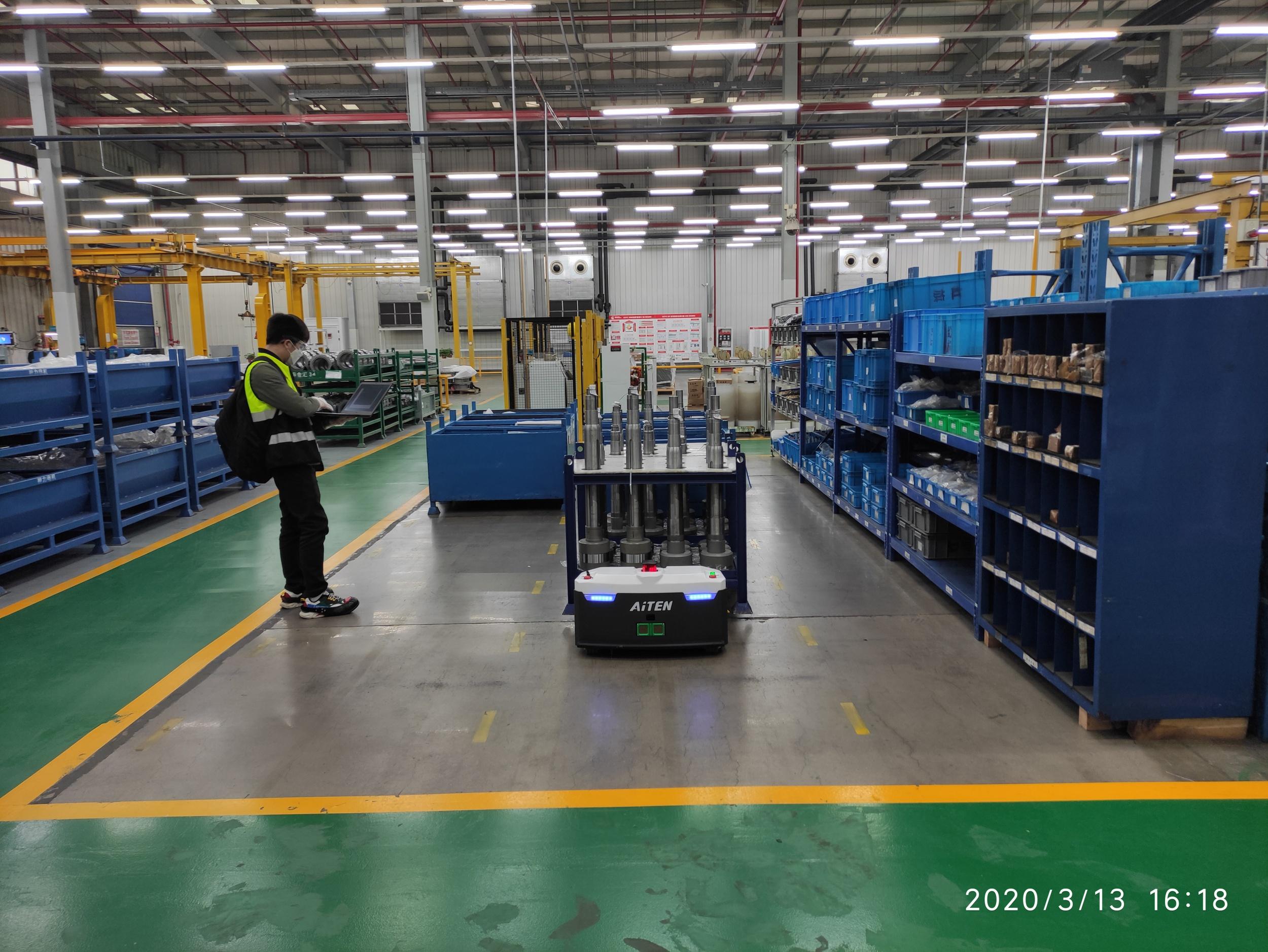 AGV搬运小车,上海叉车,无人叉车,激光导航,叉车agv,仓储机器人,自动小车AGV叉车公司