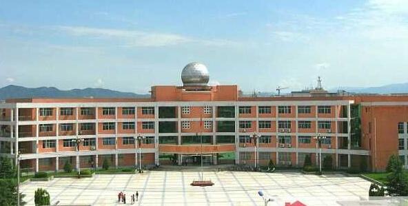 林州市第一中学网架工程