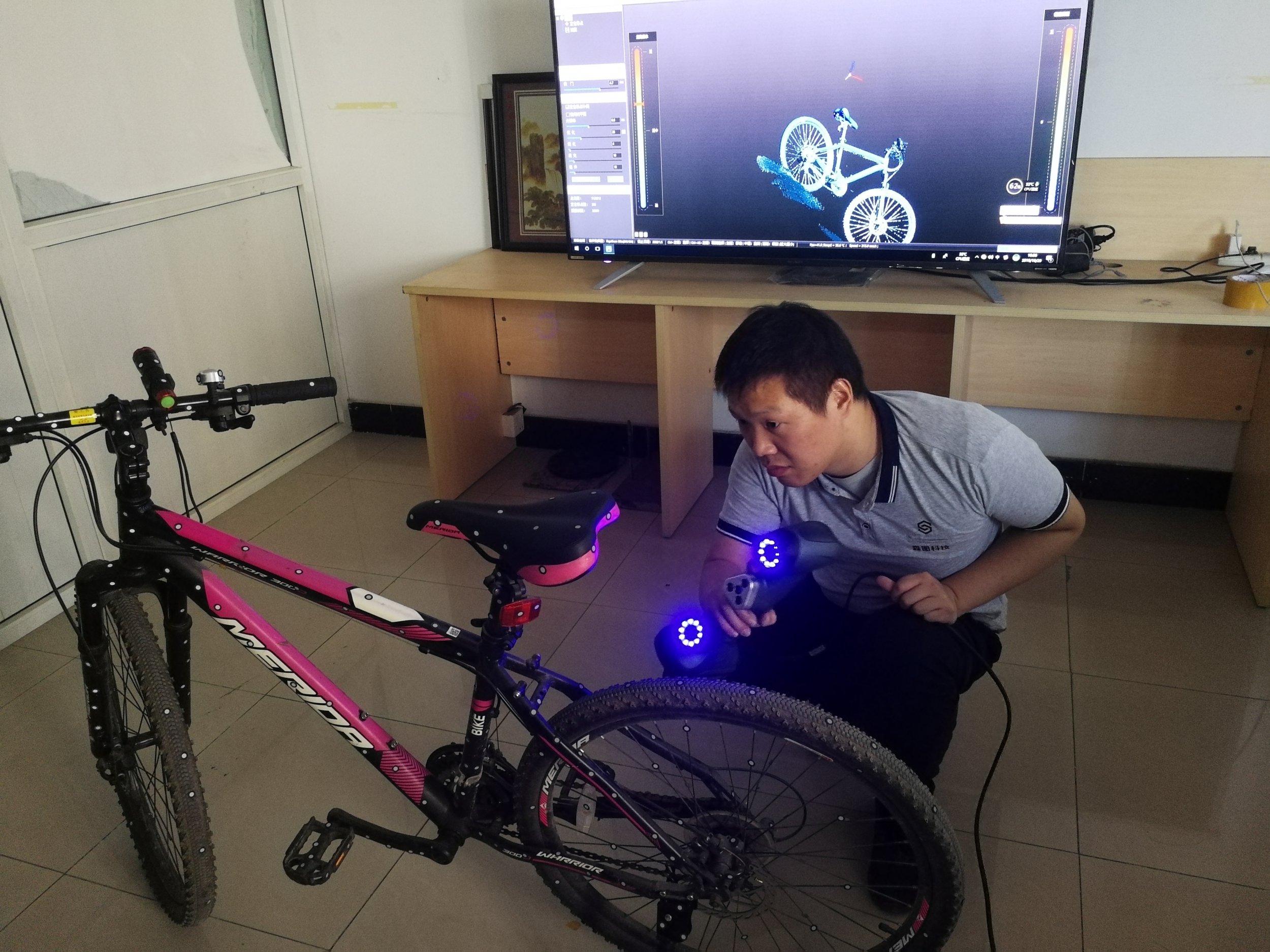 手持式蓝光3D扫描产品特点及...