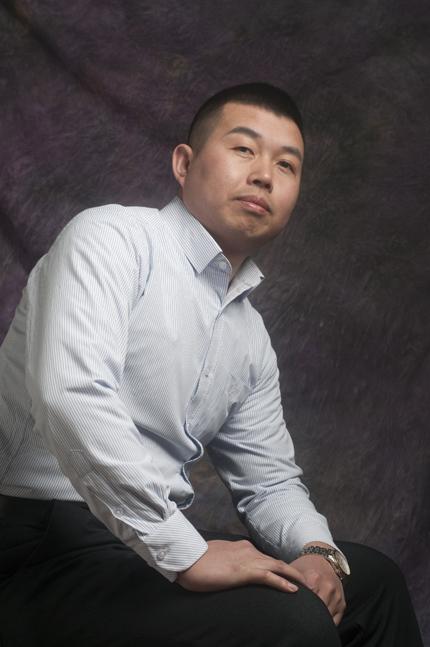 万龙实业定制家居 总经理-崔岩
