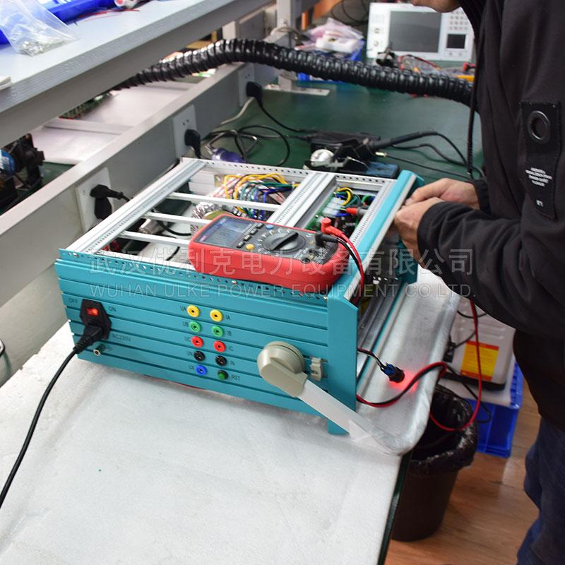 35.继电保护测试仪维修