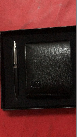 Wallet & pen set