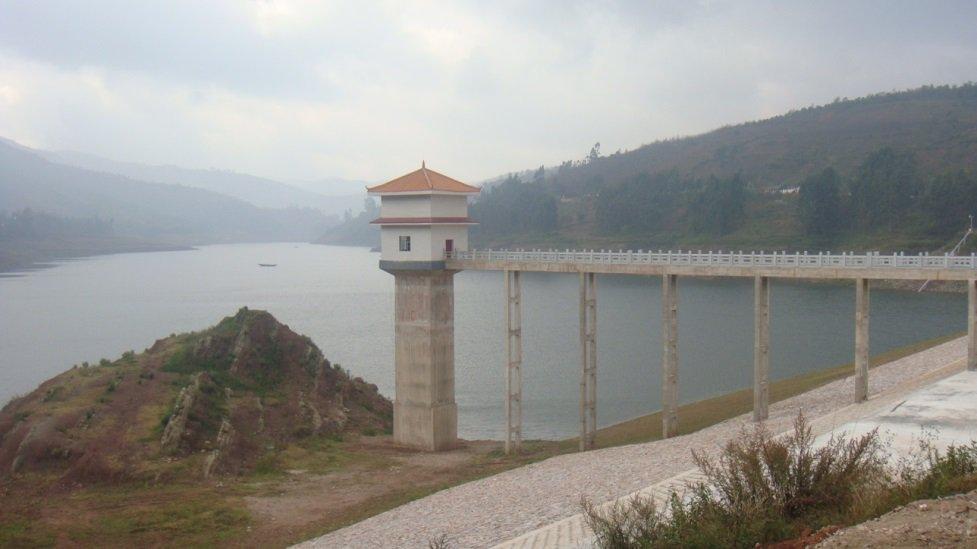 晋宁县柴河水库输水隧洞启闭机闸室