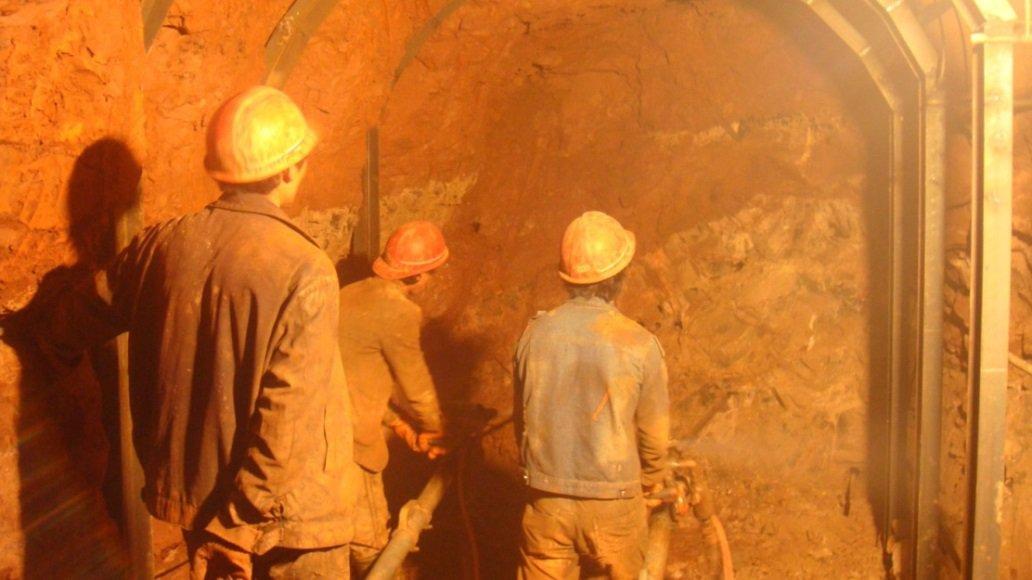 峨山县尼去本水库输水隧洞开挖施工