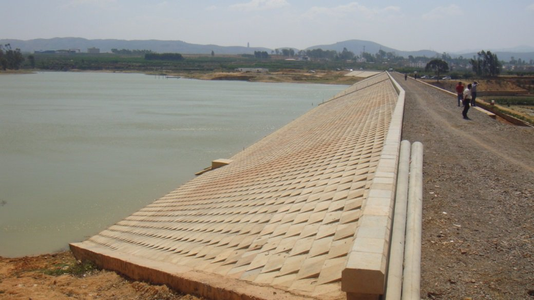 建水县团结水库大坝