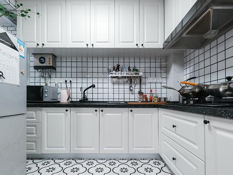中式厨房要重视排油烟 支招厨房装修小技巧