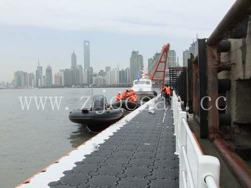 上海世博简易冲锋艇码头