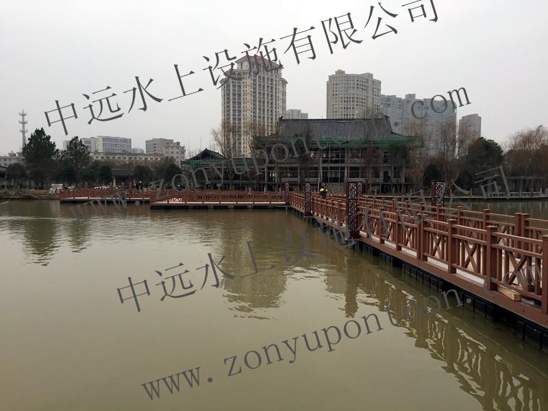 某景区配套高档复古型浮桥